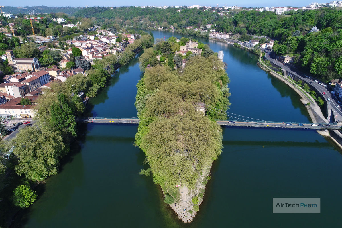 Photo aérienne l'ile Barbe drone